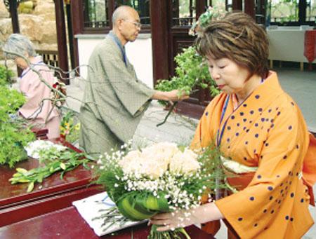 静静盛开的美丽花朵 日本插花起源与发展