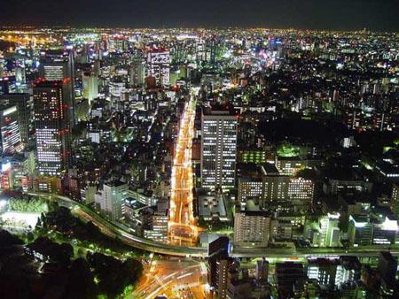1200万人,800万辆汽车 东京为何不塞车?