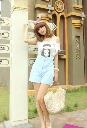 日系俏模出镜 演绎显高显瘦の时髦