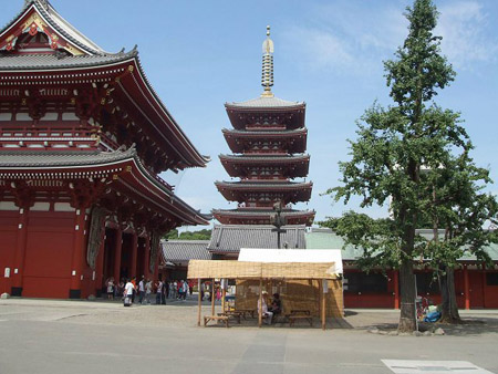 东京最古老的寺庙 浅草寺