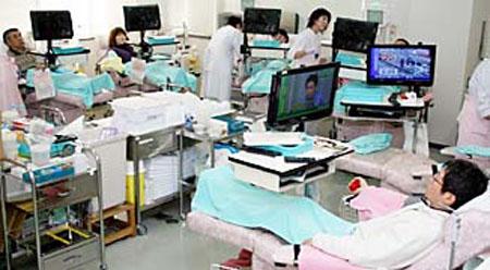 情系灾区 广岛县献血志愿者激增