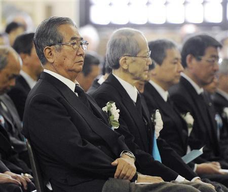 东京举行慰灵法事悼空袭丧生者 石原慎太郎出席致悼念词