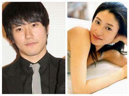 松山健一与小雪传五月结婚