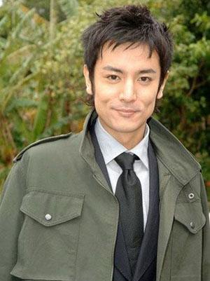 担心家人 日本男星铃木仁决意回国