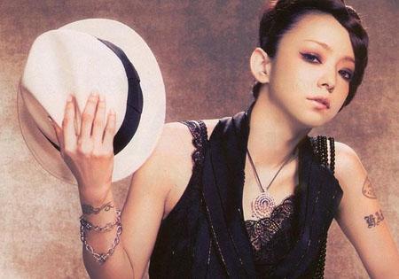 日本天后安室奈美惠为地震捐款5000万日元