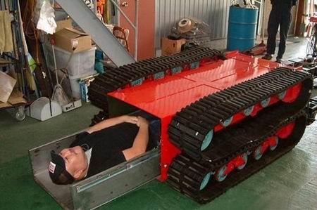特殊救援队 日本地震救援机器人