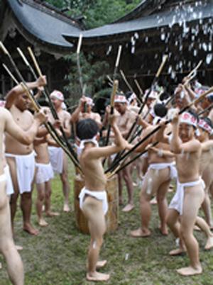 打麦饼祭 800多年口耳相传的日本民俗