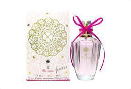 最受日本女性欢迎的几款香水