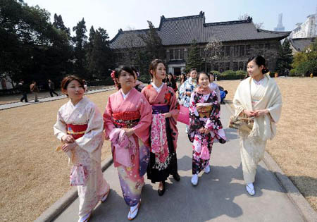 """""""2011年南京日本文化周""""昨天在南京大学开幕"""