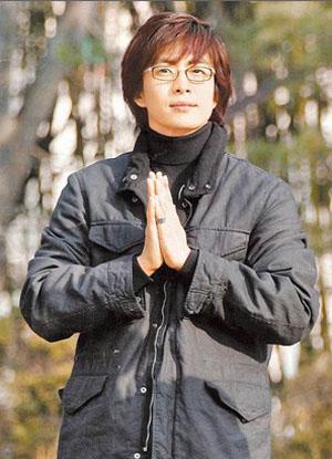 爱心行善不分国界 裴勇俊向日本灾区捐款10亿韩元