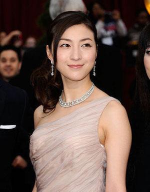日本女星广末凉子喜获爱子 官网留言为地震灾民祈福