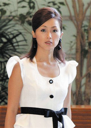 酒井法子复出 4月赴北京为日本赈灾走秀