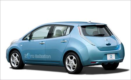 日产汽车公司表示,电动汽车日产聆风在美国销售价将从3.52万高清图片