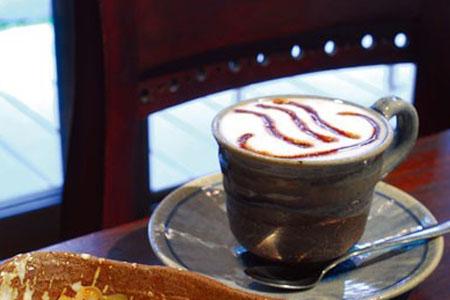 柏屋的咖啡和双色咖喱