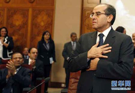 """日本外相与利比亚""""全国过渡委员会""""临时总理举行会谈"""