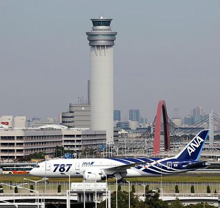 波音787抵达日本 处女航将前往香港