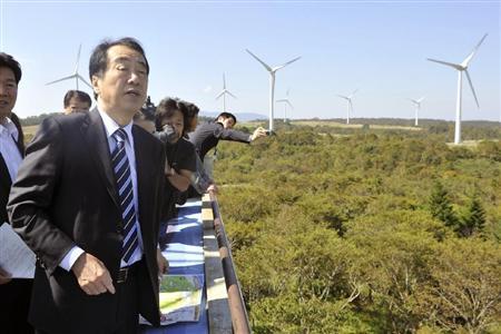 菅直人前往福岛县视察  称风能利用前景大