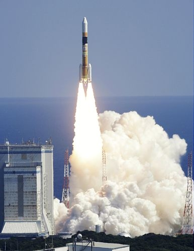 日本H-2A火箭19号机发射升空 间谍卫星光学4号如期入轨