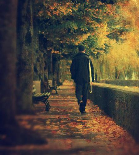 单身日本男人感到寂寞的9个瞬间