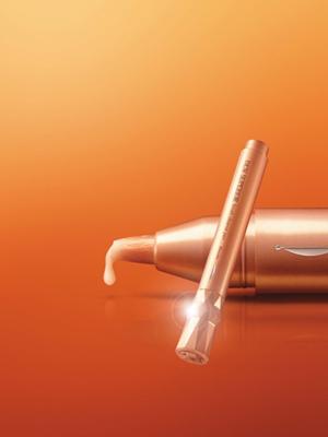 佳丽宝深层毛孔清洁笔 360°展现钻石般无可挑剔的美