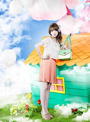 甜美女神藤井莉娜GRL夏装大片 玩转极致梦幻少女诱惑(2)