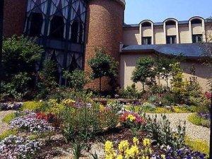 Royal Oak Hotel Spa & Gardens