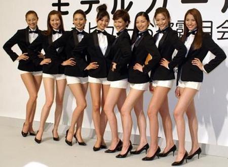 日本美腿军团横空出世 秒杀少女时代!