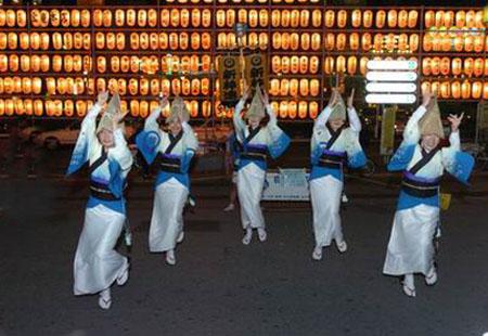 日本关西阿波舞的传统魅力