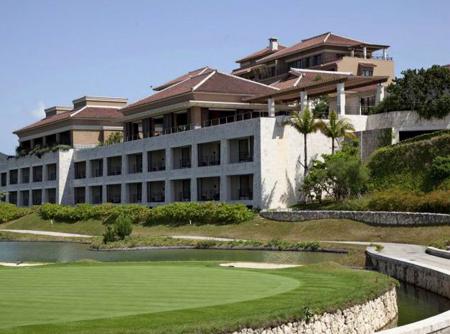 赴冲绳旅游富人增多 高级度假酒店相继开业