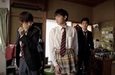 电影预告《书桌高中生的日常》-日本v书桌_日本三年男子高中图片