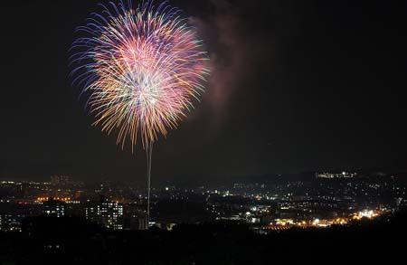 宇治川烟花大会开幕在即 千年古都演绎华丽夜曲