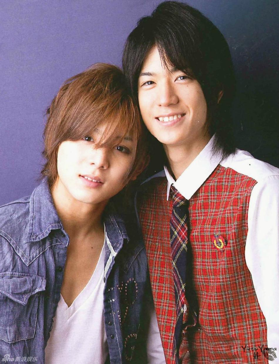 其中成员山田凉介和中岛裕翔被网友誉为最佳cp,气场十分合拍.