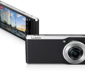 """松下研发出世界最薄数码相机""""LUMIX CM1"""""""