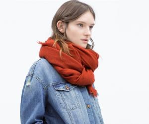 时尚搭配——春季围巾系法