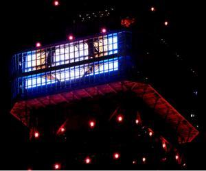夜空中出现路飞笑脸 东京塔里体验海贼王世界