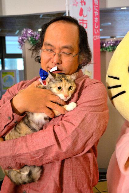 """日本举办猫咪市长选举身患淋巴瘤乐福国际娱乐的母猫""""小杏""""当选"""
