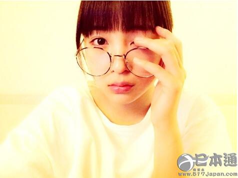 """有村架纯、前田敦子……日本女星热衷""""圆眼镜"""""""