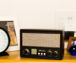 日本充满怀旧情怀的唱歌收音机(一)