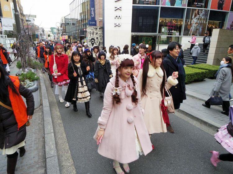 日本外国游客消费再破最高纪录!人均消费额连续3年减少