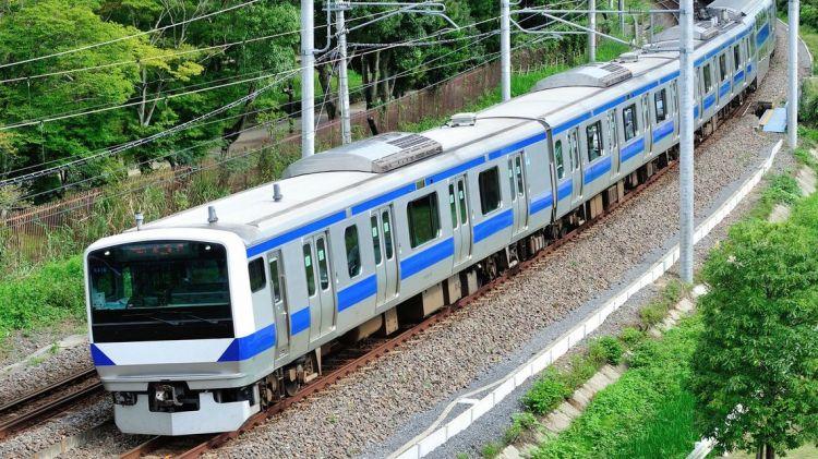 """""""普通列车""""速度比""""快速电车""""快?日本JR线的秘密"""
