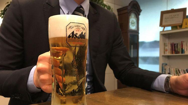 餐饮店渠道销量疲软,朝日啤酒帝王之位如坐针毡