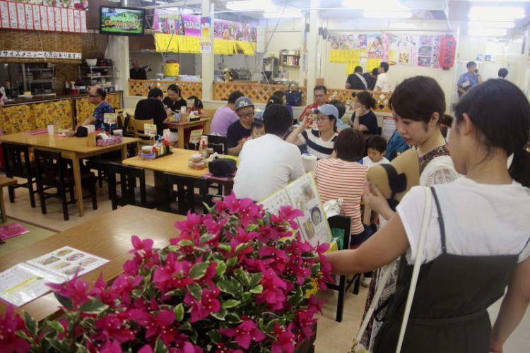 """""""冲绳的后厨""""第一牧志公设市场开设临时店铺"""