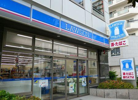 """日本罗森便利店推行的""""一人值班""""制,是技术的进步还是剥削的深渊"""