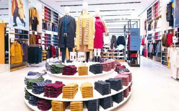 日本服装市场持续低迷,为什么无印良品和WORKMAN能保持高速增长?