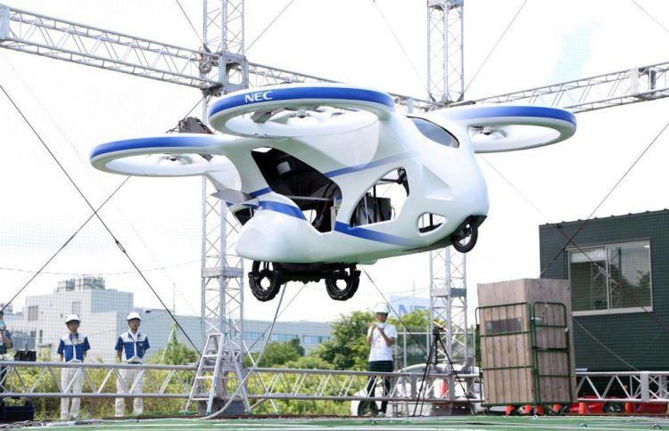 """日本NEC首次公开测试""""飞行汽车"""",可上升至3米高"""