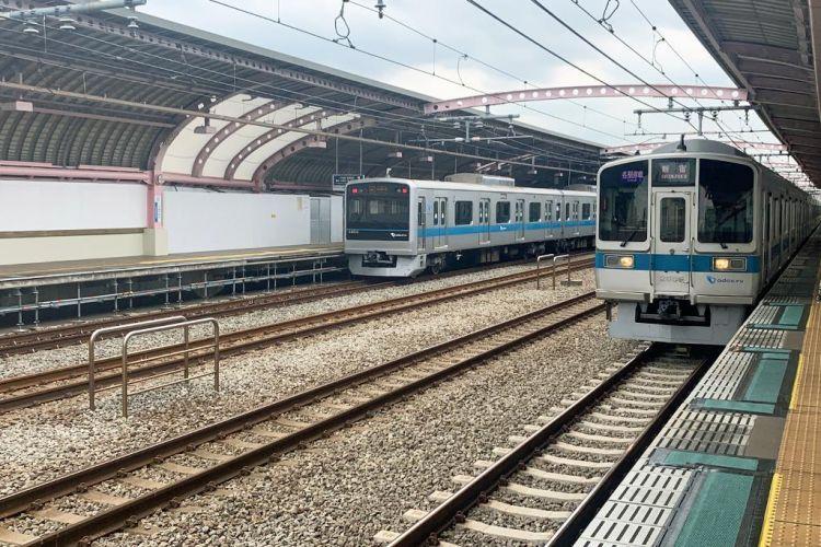 东京地铁拥堵难缓解  11条线路乘车人数爆满