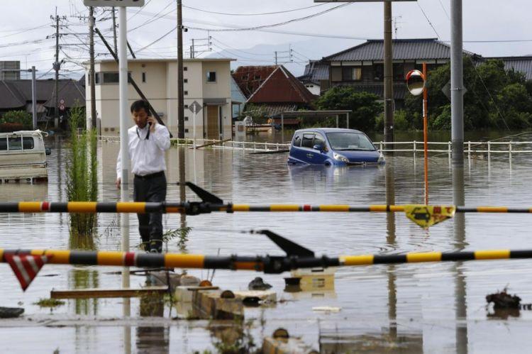日本九州豪雨致3人死亡 超过1900人避难