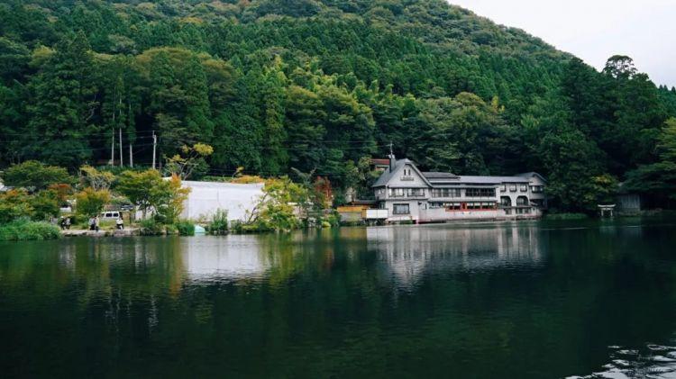 这个给了宫崎骏无限灵感的温泉小镇,也是你应该至少去一次的地方