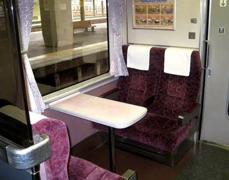 """为什么十年来日本""""饭田线秘境站号列车""""一直人气不减?"""