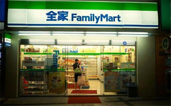 日本便利店在中国市场面临着怎样的发展难题?